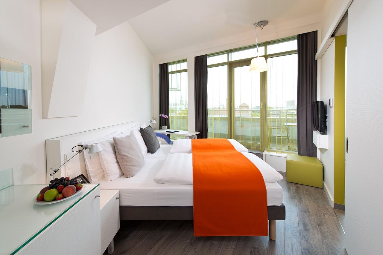 Limpieza y Tratamientos de superficies en Hoteles de Grupo Parisien