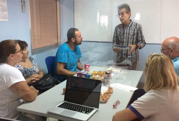 Reunión de trabajo con equipo Parisien