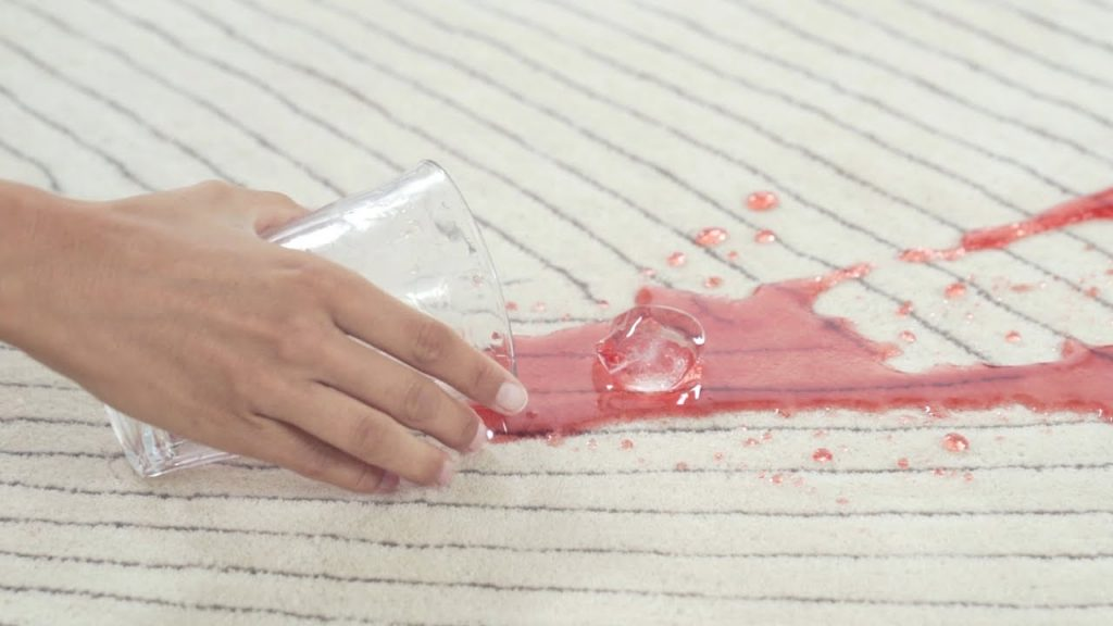 Tratamiento antimanchas para tapicería y muebles